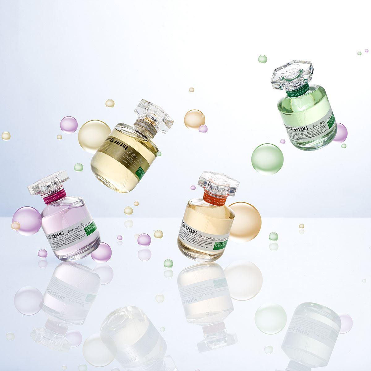 Set para dama, Benetton, United Dreams Live Free, EDT 80 ml + Desodorante 150 ml + Body Lotion 75 ml + Travel Spray 10 ml