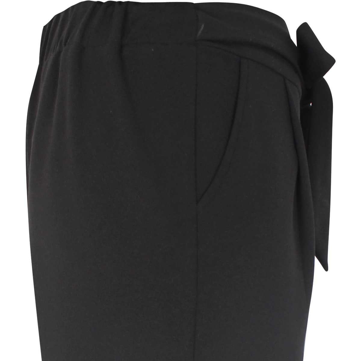 Pantalon Amplio con Pinza Liso con Cinta para Amarre Basel