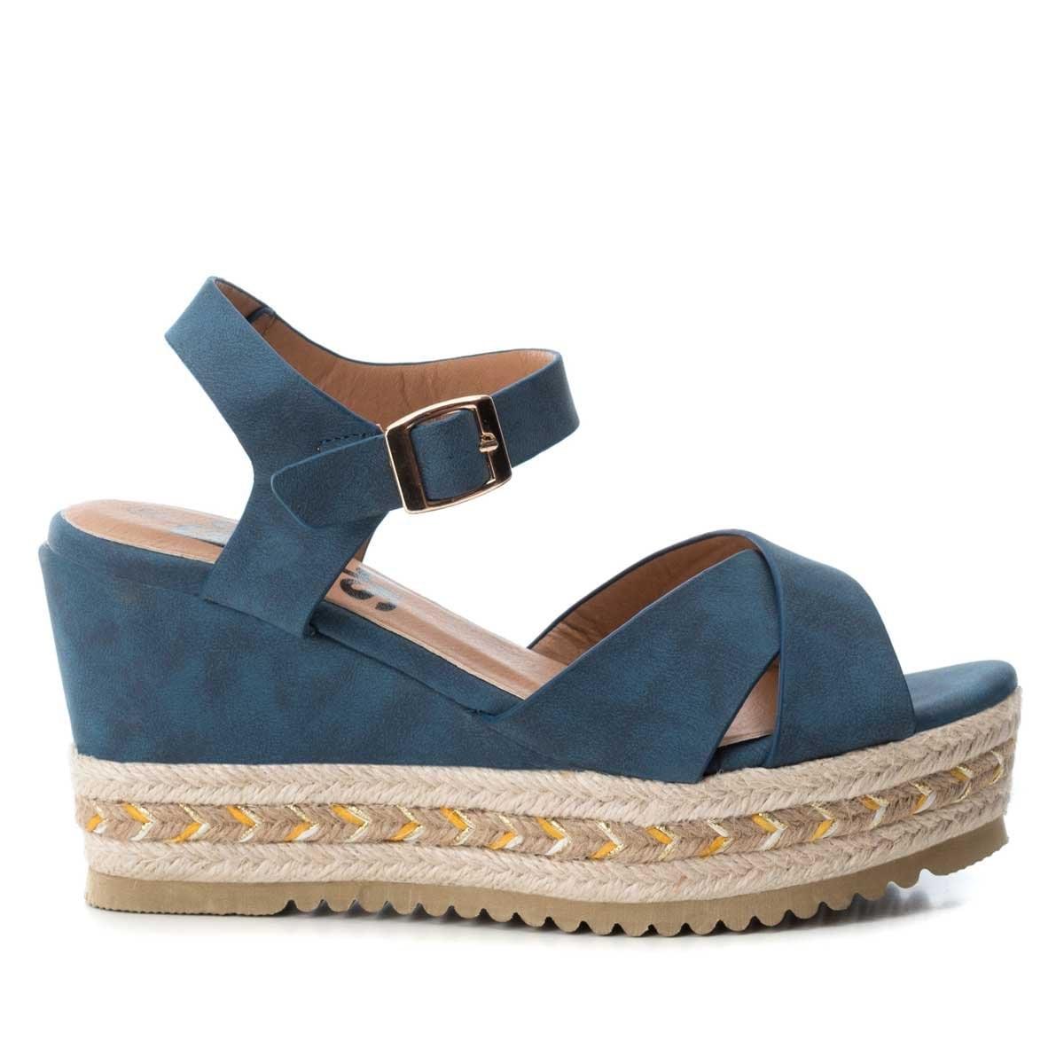 Sandalia Azul con Cuña de Yute Y Ajuste Cruzado Xti