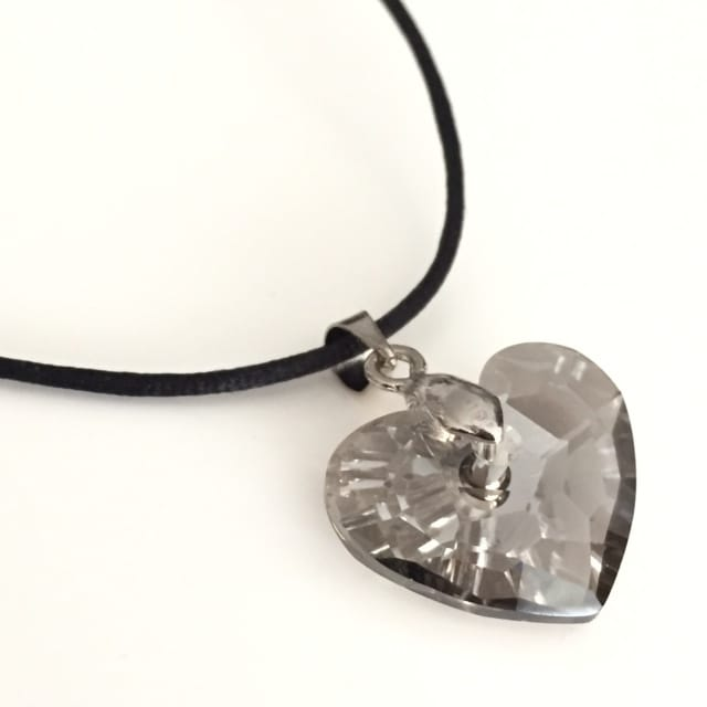 Dije Crystals from Swarovski Corazon Gris