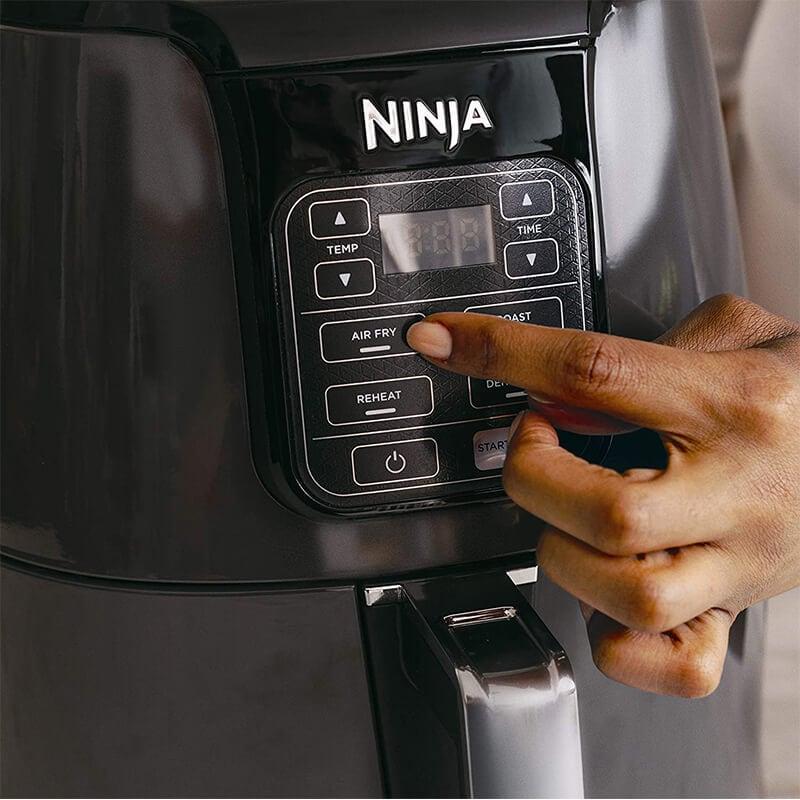 Freidora Ninja De Aire 3.78l, Fríe, Asa, Hornea Y Recalienta (Reacondicionado)