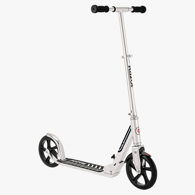 Scooter Razor A5 DLX Color Plata