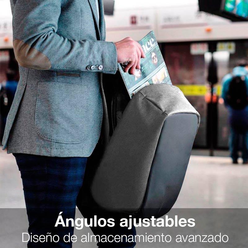 Mochila Antirrobo Impermeable, con Puerto USB