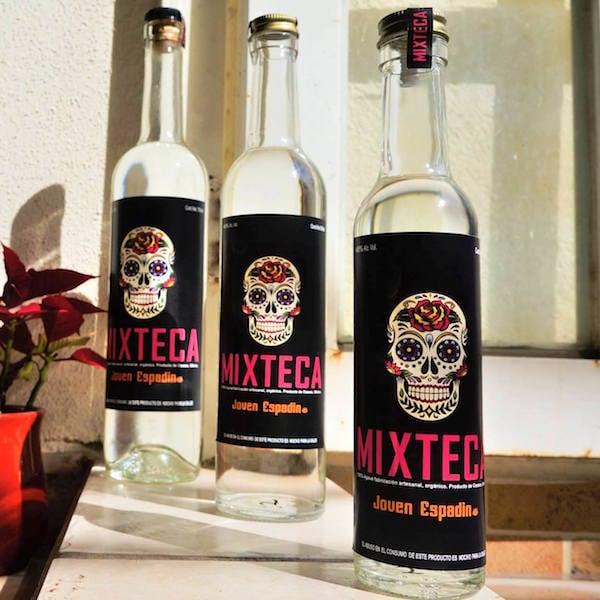 Delicioso Mezcal Artesanal Espadín Mixteca 750 ml