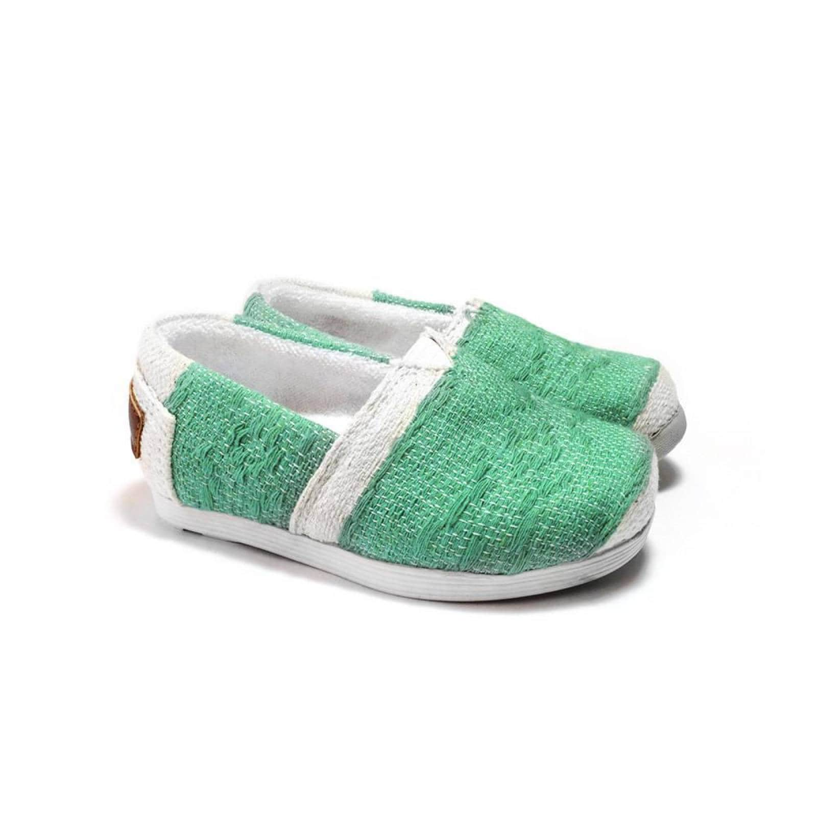 Zapato Alpargata Mini Jacinta Artesanal Tela Infantil Verde Komoni Talla: 14