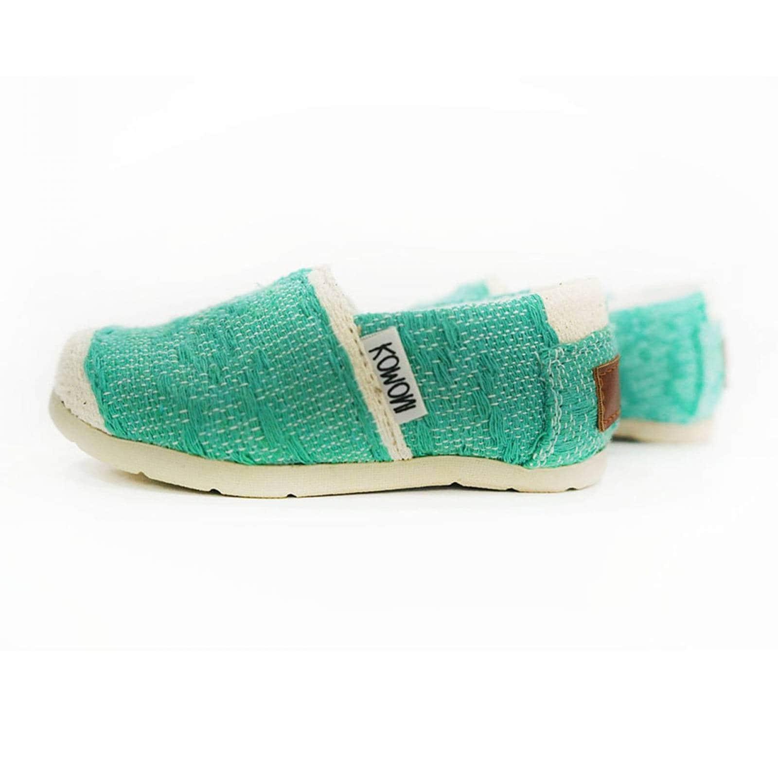 Zapato Alpargata Mini Jacinta Artesanal Tela Infantil Verde Komoni Talla: 16
