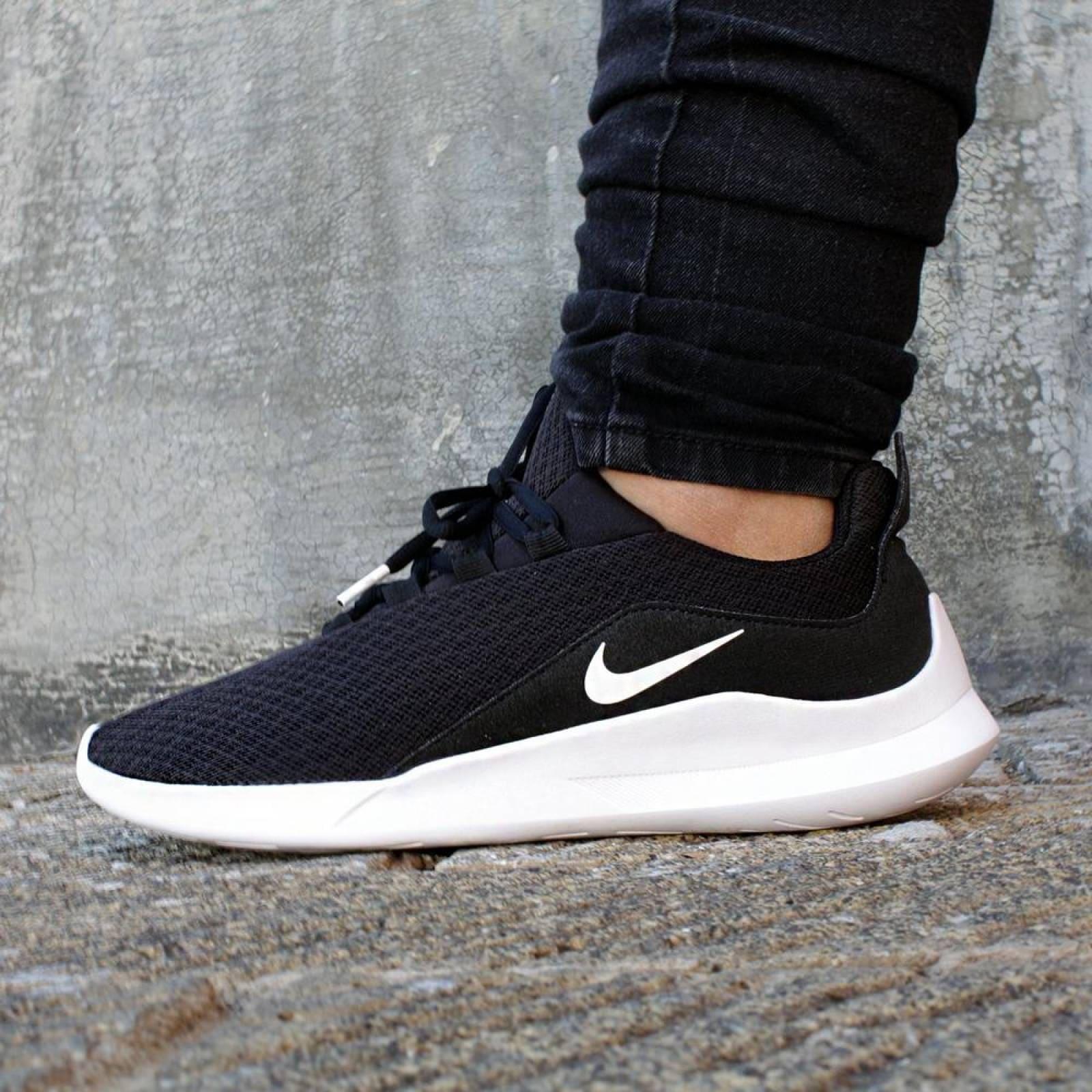 En liquidación imágenes oficiales disfruta del mejor precio Tenis Nike Viale AA2185003 Negro Mujer