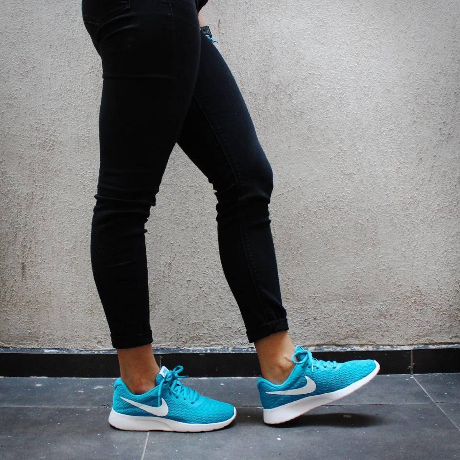 archivo Agencia de viajes recluta  Tenis Nike Tanjun 812655405 Turquesa Mujer