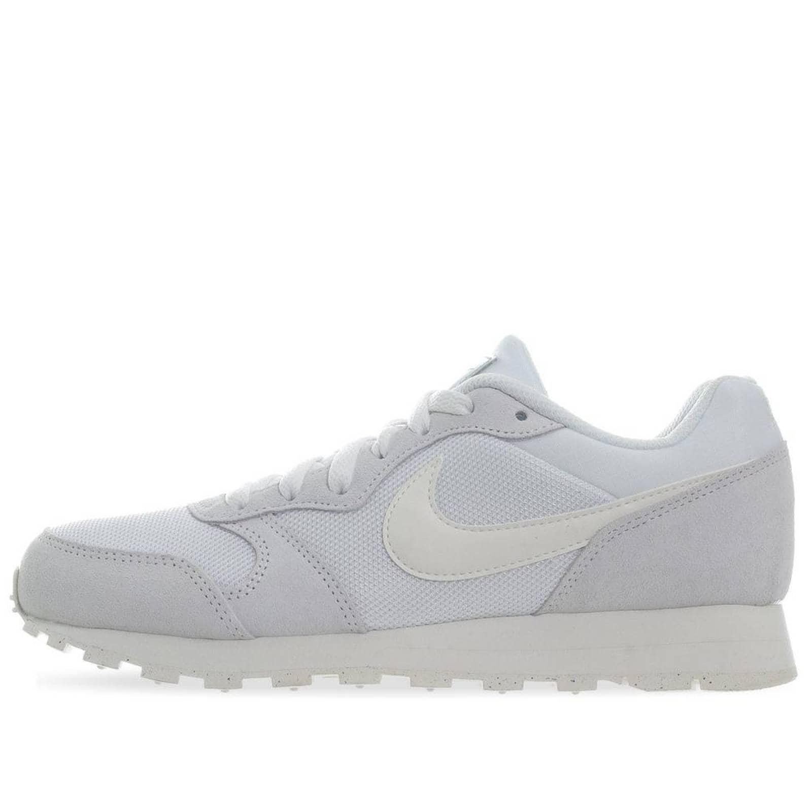 Tenis Nike MD Runner 2 749869102 Blanco Mujer