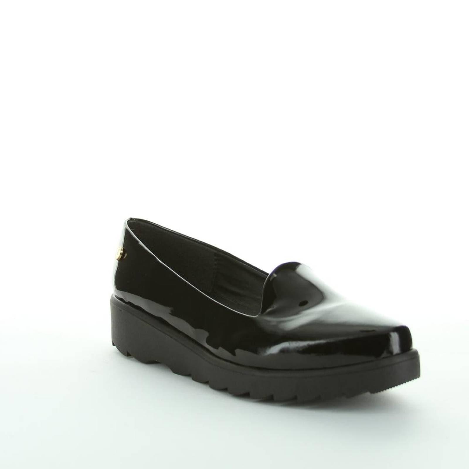 Zapato Cerrado Rojo Intenso Mujer Negro Tipo Charol 3317