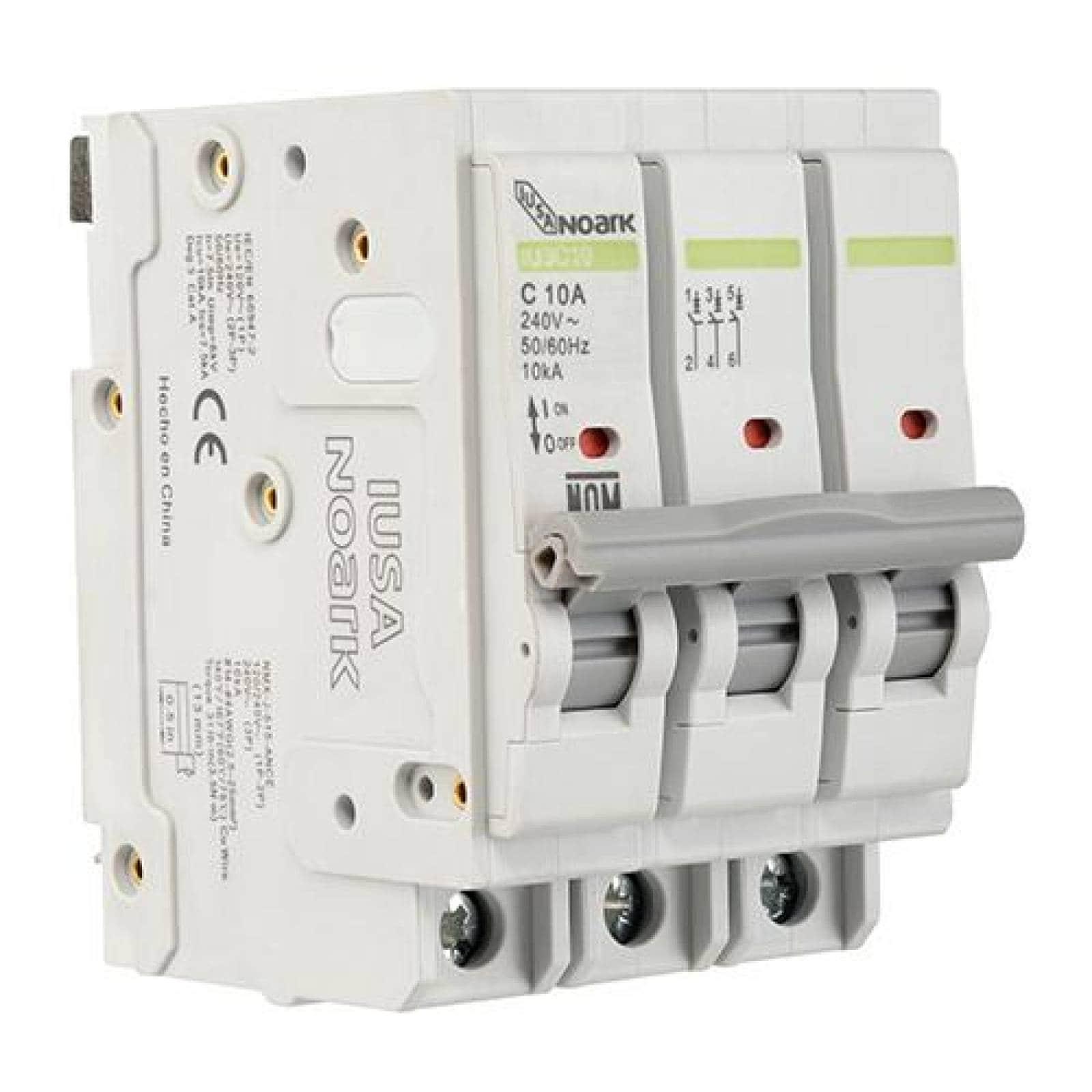 Interruptor termomagnético 3 polos 10 A Caja 4 pzas